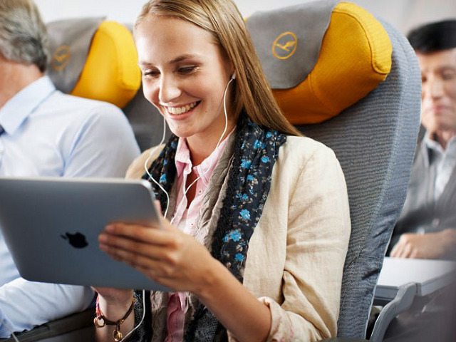 FAA May Relax Rules on Shutting off Devices on Flights