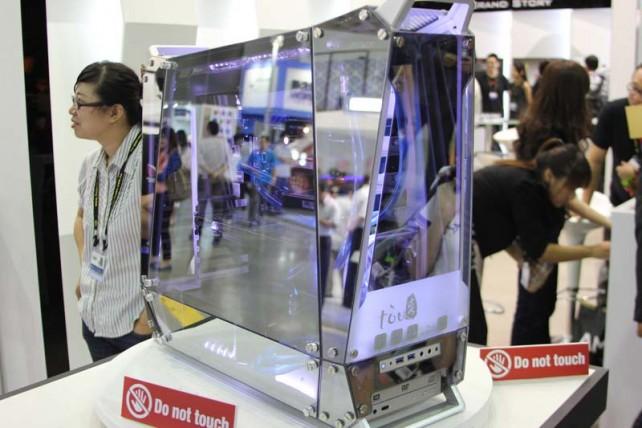 Glass desktop case by In Win