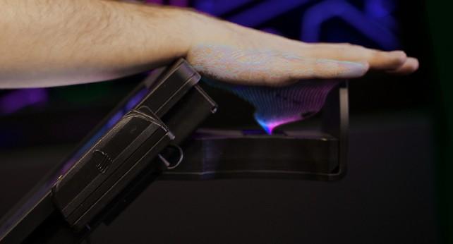 PulseWallet scanning a hand