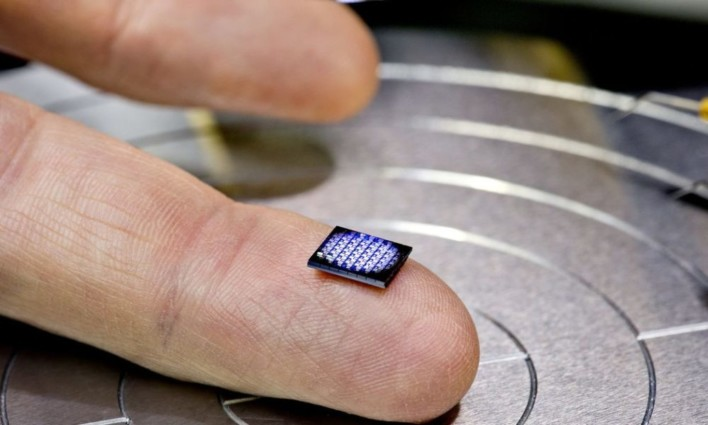 IBM Builds Computer The Size Of A Grain Of Salt